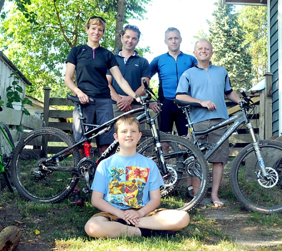 team-riding-for-autism